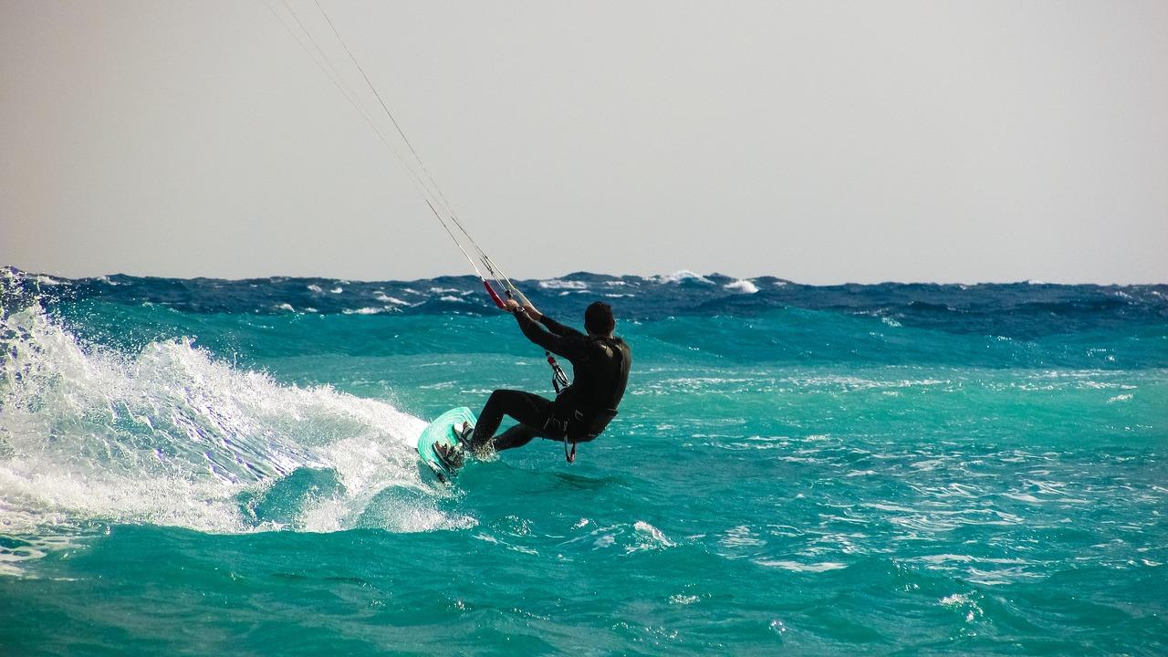 Czym jest kitesurfing?