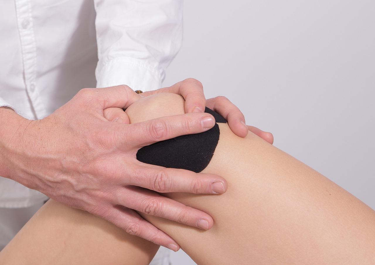Kiedy stosować stabilizator kolana?